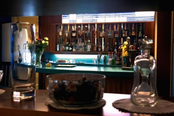 American bar -